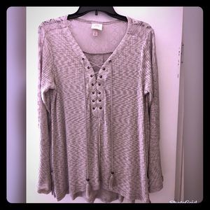 Beautiful Knox Rose top